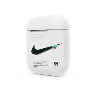 """Купить Пластиковый чехол oneLounge Nike """"85"""" для Apple AirPods"""
