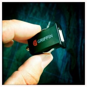 Купить GRIFFIN PowerJolt Micro автомобильная зарядка для iPhone, iPad, iPod