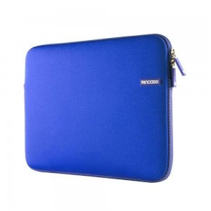 """Купить Чехол-сумка Incase Neoprene Sleeve Deep Violet для MacBook Pro 15"""""""