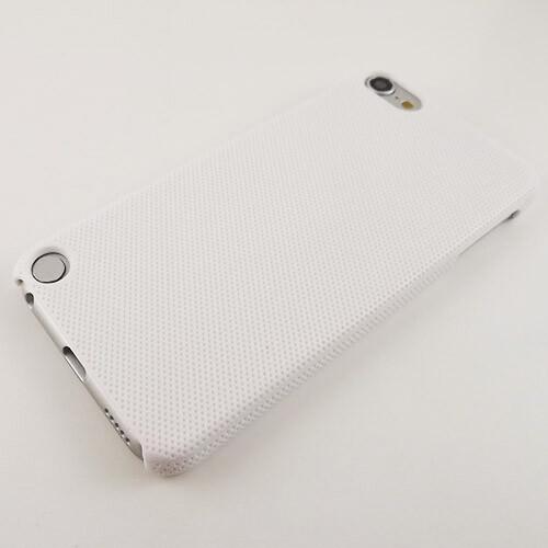"""Пластиковый прорезиненный чехол """"Dotted"""" для iPod Touch 5G/6G"""