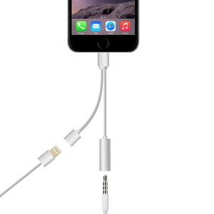 Купить Адаптер oneLounge Lightning на oneLounge Lightning и выход 3.5мм для зарядки и наушников