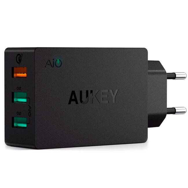 Быстрое зарядное устройство Aukey 3-Port Turbo USB Quick Charge 2.0