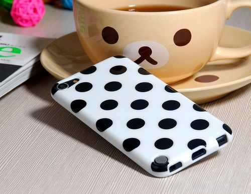Чехол Polka Dot для iPod Touch 5