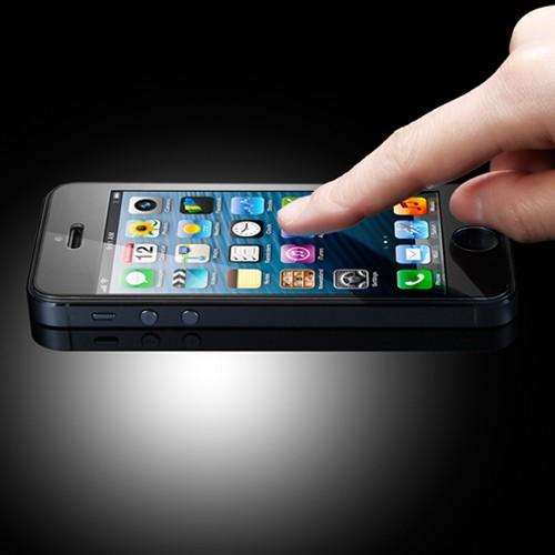 Защитное стекло GLAS.tR для iPhone 5/5S/SE/5C
