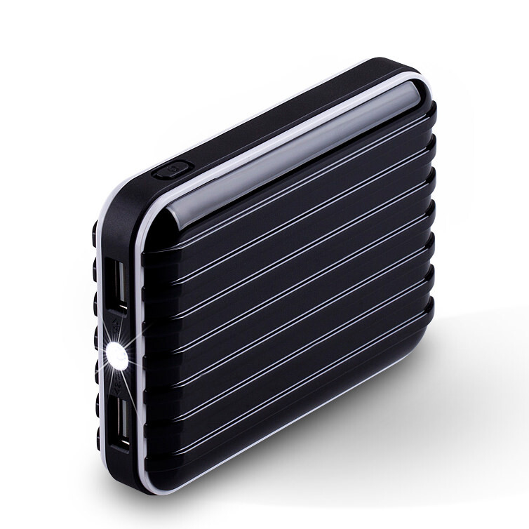 Внешний аккумулятор MOMAX iPower GO 8400mAh