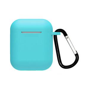 Купить Бирюзовый силиконовый чехол с карабином iLoungeMax TPU Case Soft Blue для AirPods 2 | 1