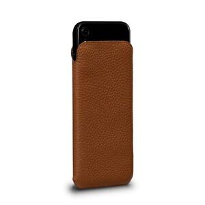 Купить Чехол SENA UltraSlim Brown для iPhone XR
