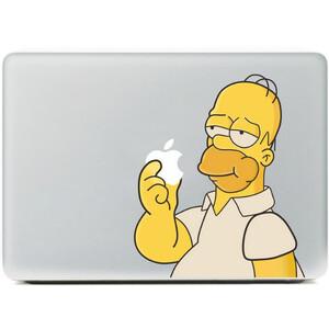 Купить Наклейка Гомер Симпсон ест яблоко для MacBook