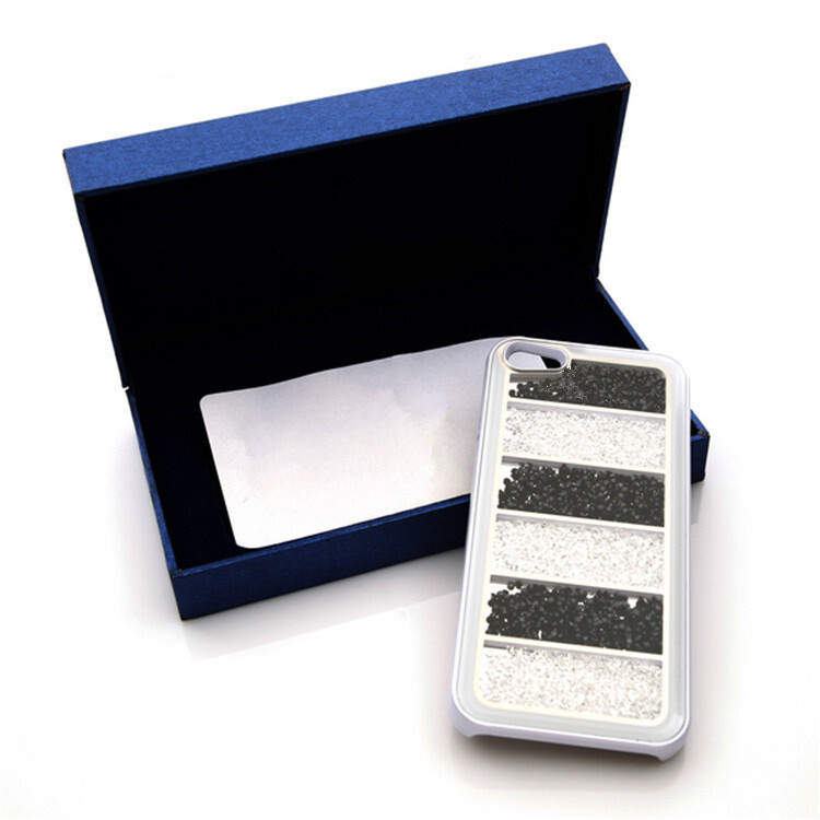 Чехол Swarovski White and Black Stripes для iPhone 5/5S/SE