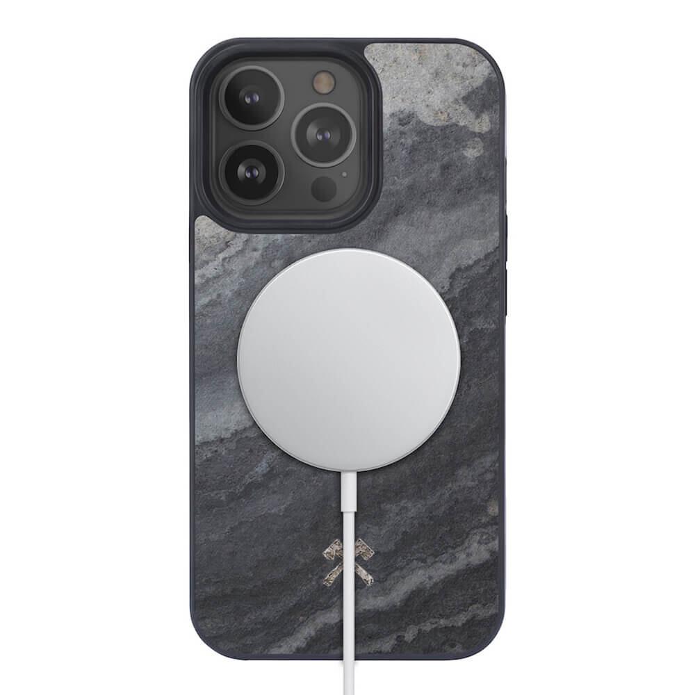 Чехол из натурального камня Woodcessories Bumper Case Camo Grey MagSafe для iPhone 13 Pro Max