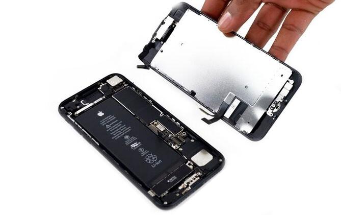 Замена дисплея iPhone 7 (оригинал)
