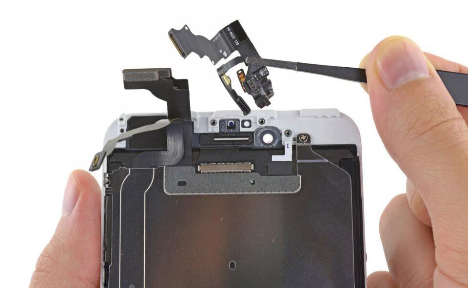 Распространенные поломки iPhone 8