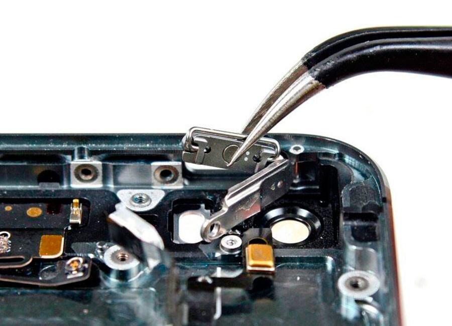 Замена кнопки Power (включения) iPhone 8 Plus