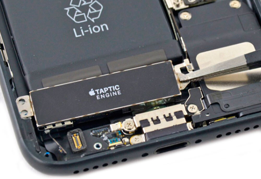 Замена виброзвонка iPhone 7