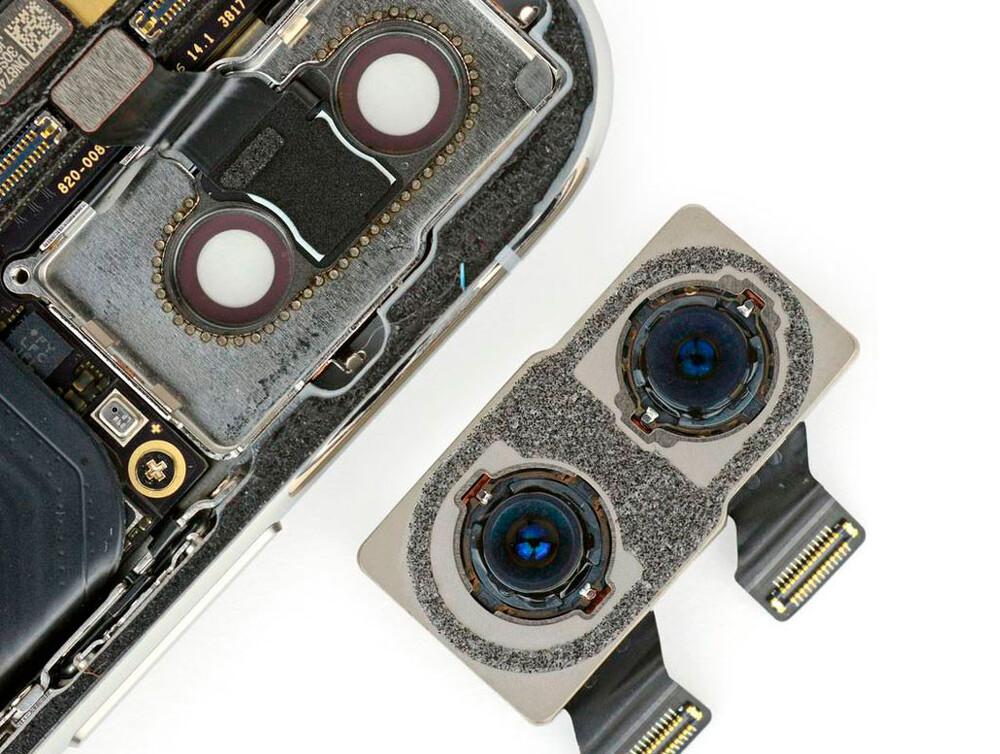 Замена задней камеры iPhone XS