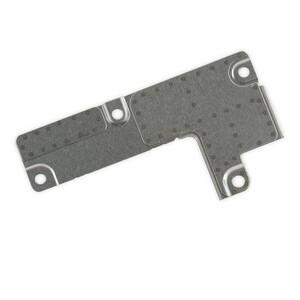 Купить Защитная пластина для шлейфов аккумулятора и дисплея для iPhone 7