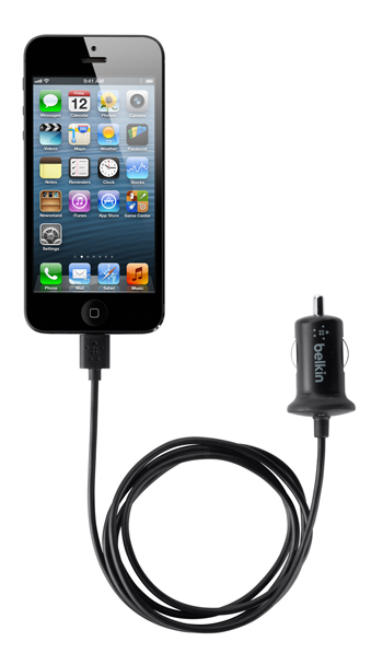 Автозарядка Belkin Car Charger with Lightning connector для iPhone 5 (10 Watt/2.1 Amp)