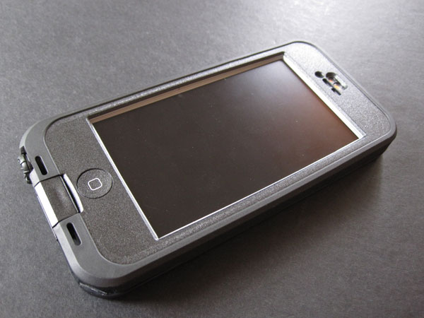 chehol-lifeproof-nuud-for-iphone-5