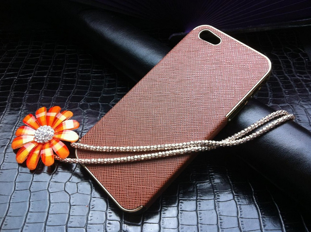 chehol-luxury-chrome-iphone-5-brown