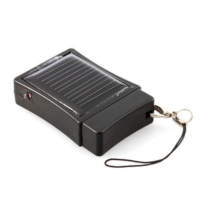 solar-power-external-battery-charger-iphone-ipod-1